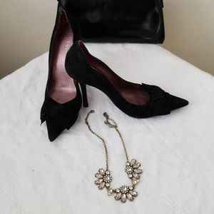 Suede finish Guess by Marciano Pumps!